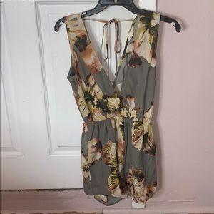 Short flower jumpsuit
